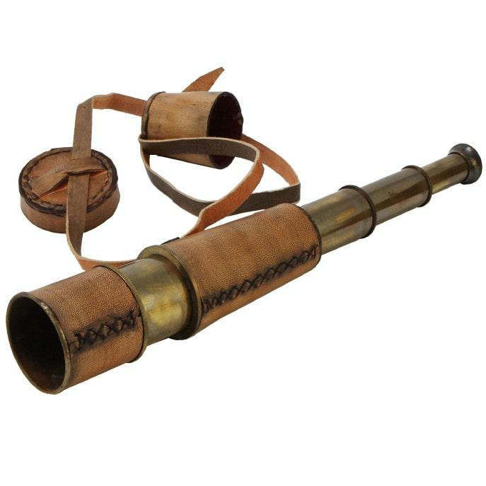 Подзорная труба в футляре