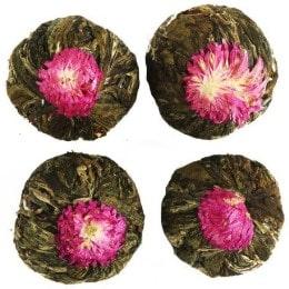 Связанный чай с цветами